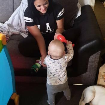 Babysitter Manchester: Ellen Zamazalova