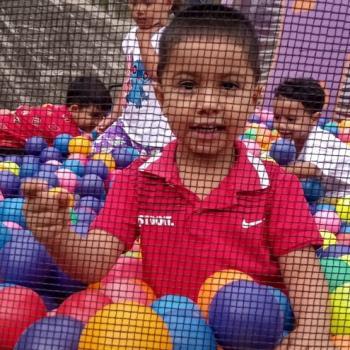 Babysitter Medellín: Yin keis