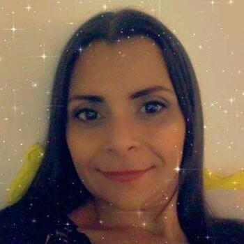 Niñera Floridablanca: Alida