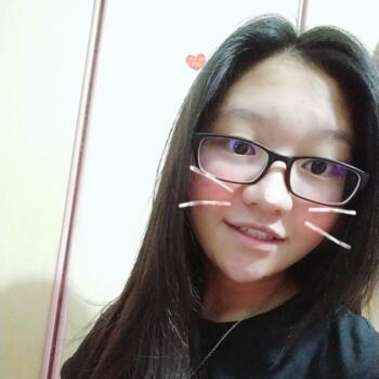 Babysitter Singapore: Sylvia