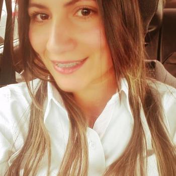 Nanny Seville: Yina marcela