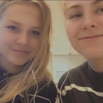 Babysitter Veldhoven: Lisa&meike
