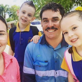 Babysitting job in Sunshine Coast: babysitting job Jaculin