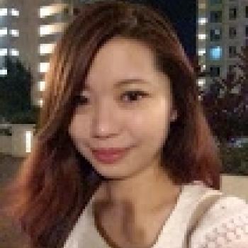Babysitter Singapore: Jane