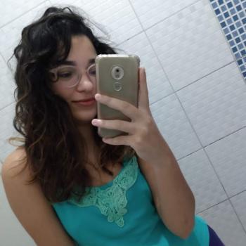 Babysitter Praia Grande: Giovanna