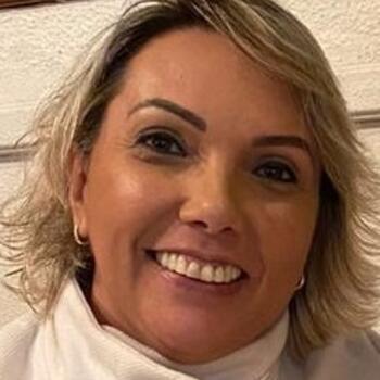 Babysitter em Amadora: Claudia