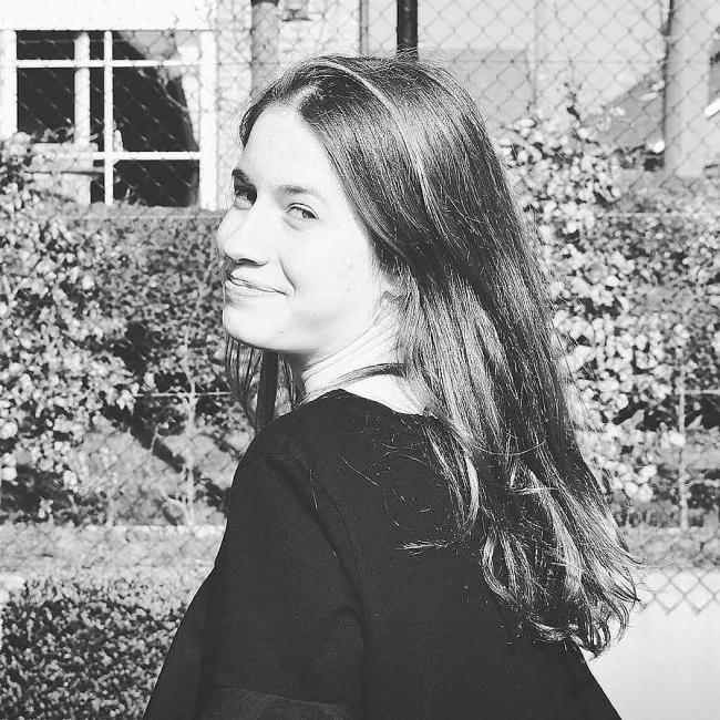 Babysitter in Roeselare: Elien
