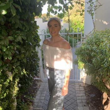 Babysitter in Perth: Dana