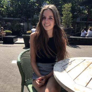 Oppas in Breda: Julia