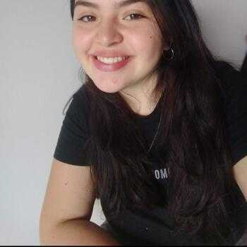 Niñera en Ciudad de Neuquén: Agustina