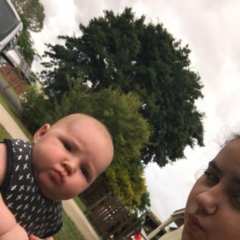 Babysitter Caboolture: Paige