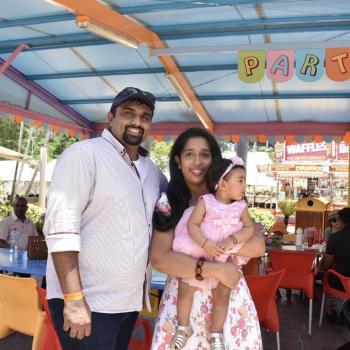 Babysitting job in Sunshine Coast: babysitting job Deviya