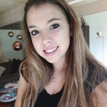 Babysitter Hoofddorp: Dena