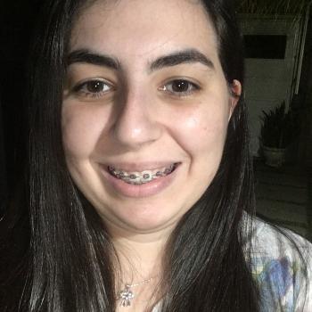 Babysitter Sorocaba: Isabella