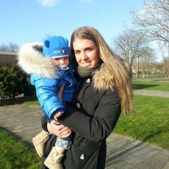Oppas Volendam: Laura