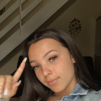 Babysitter London: Micaela