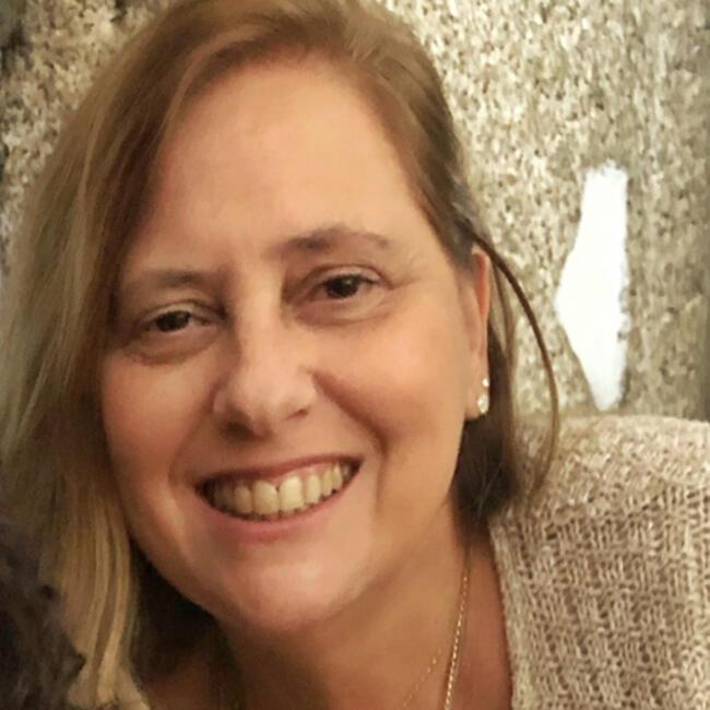 Babysitter em Lisboa: Márcia Valéria