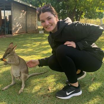 Babysitter Brisbane: Courtney