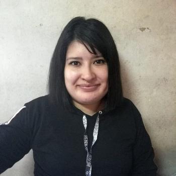 Niñera José María Ezeiza: Selena