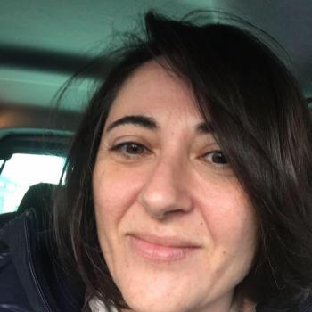 Genitore Bari: lavoro per babysitter Daniela
