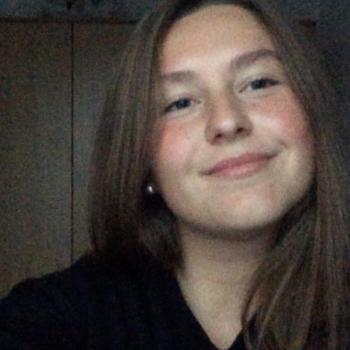 Babysitter Sint-Niklaas: Alina