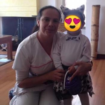 Babysitter El Salitre (La Calera): Angela