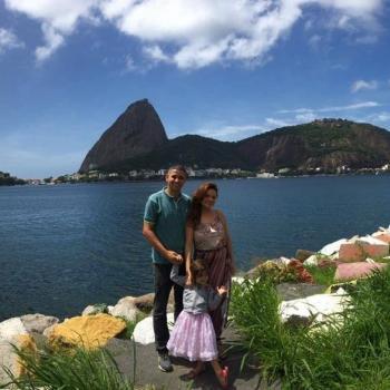 Famílias que ajudam famílias Rio de Janeiro: emprego de babá Rochelle