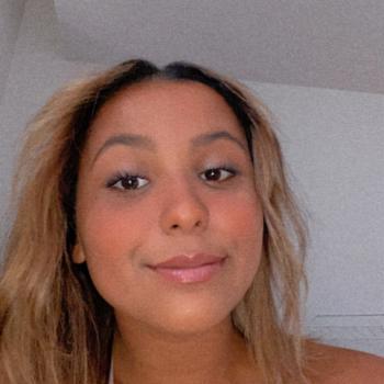 Baby-sitter in Toulon: Melyssa