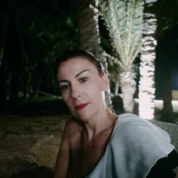 Babysitter in Cannes: Sonia