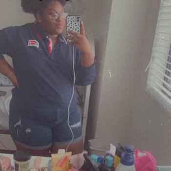 Babysitter in Miami: Tania