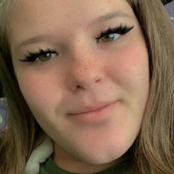 Babysitter in North Las Vegas: Saphire Sis
