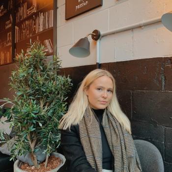 Babysitter in London: Asdis