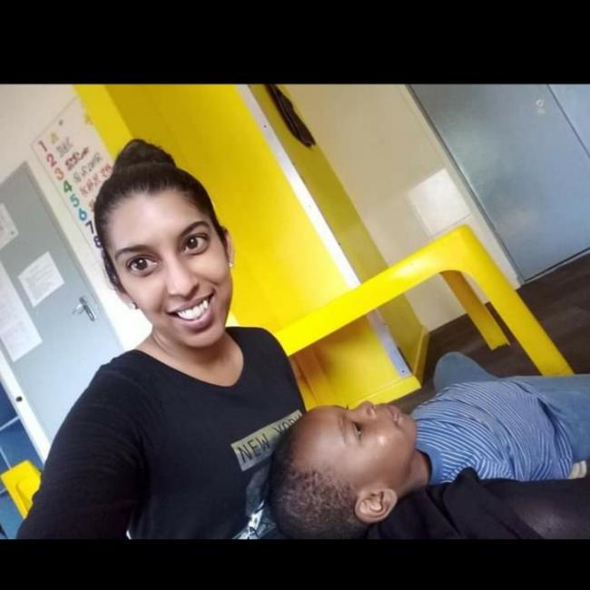 Babysitter in Johannesburg: Isaivani