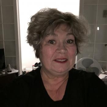 Baby-sitter Okotoks: Linda
