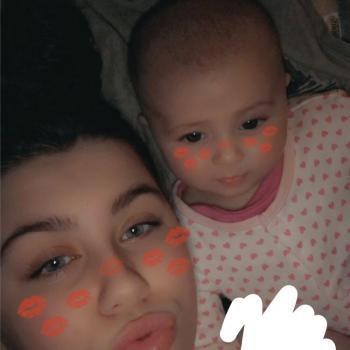 Babysitter Manchester: Nicole