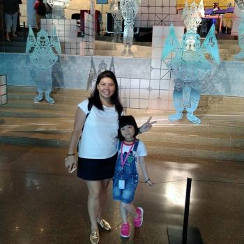 Babysitter Singapore: Stephanie