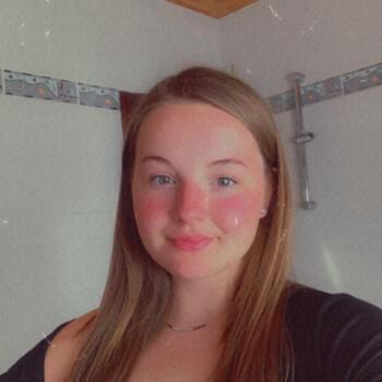 Baby-sitter in Charleroi: Janelle