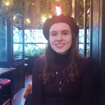 Baby-sitter in Paris: Emina
