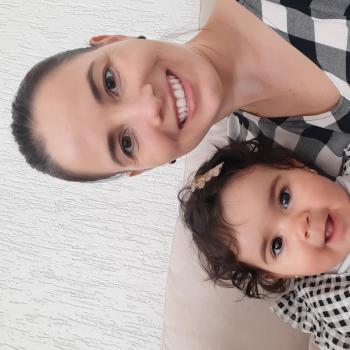 Emprego de babá em Uberlândia: emprego de babá Daiane