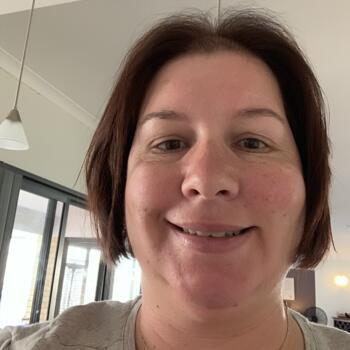 Babysitter Perth: Deborah