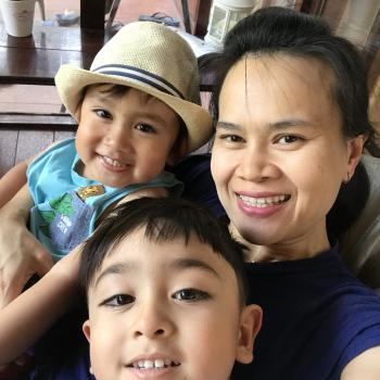 Babysitter Sydney Olympic Park: Thidarat