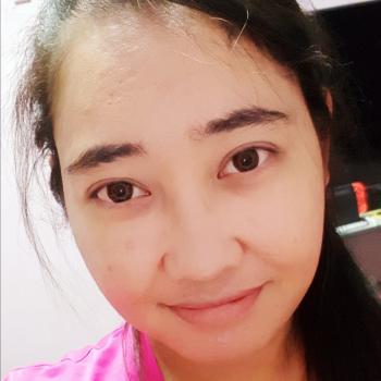 Babysitter in Singapore: Nzyra