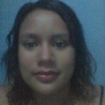 Niñera en García: Heydi Yaneth