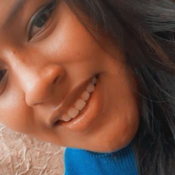 Niñera Comas: ARAZELY