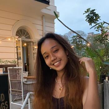 Babysitter Singapore: Natalie