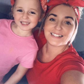 Parent Darwin: babysitting job Leanne