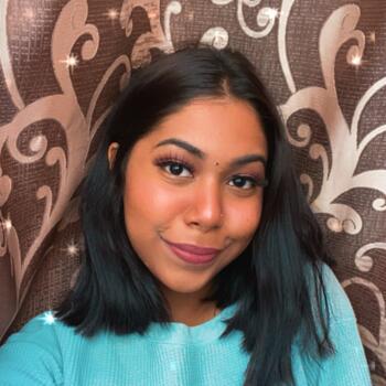Babysitter Singapore: Deepa