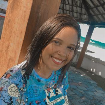 Babysitter Recife: Karolaine Crislley