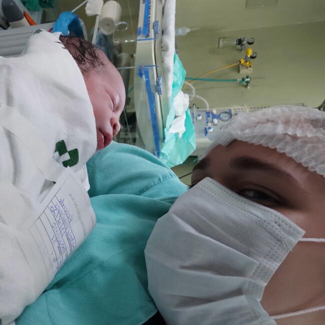 Babysitter in Foz do Iguaçu: Fernanda mikely de