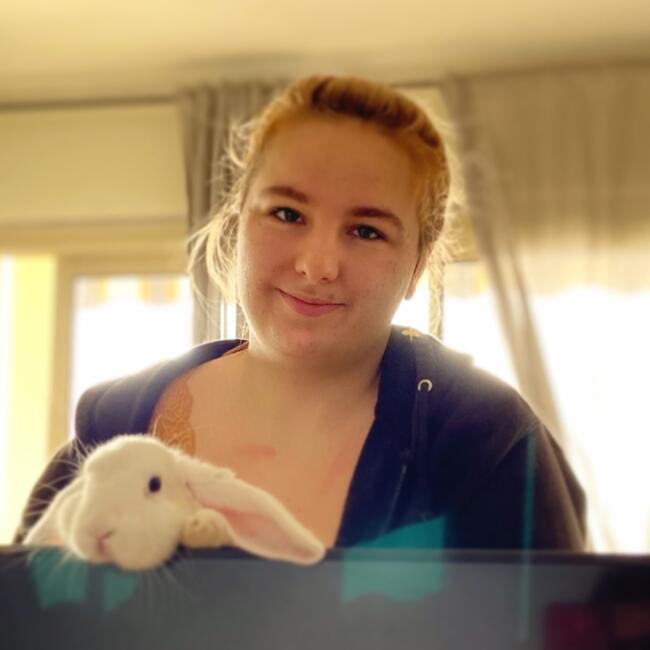 Baby-sitter in Lyon: Emma